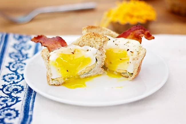 Breakfast Toast Cups- a fun and easy way to make breakfast that kids will love! │ bbritnell.com
