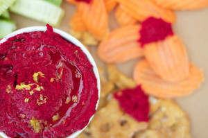 Roasted-Beet-Hummus-7