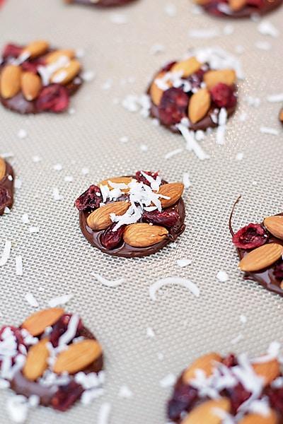 Chocolate-Almond-Bites-1