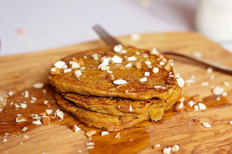 Pumpkin-Protein-Pancakes-13