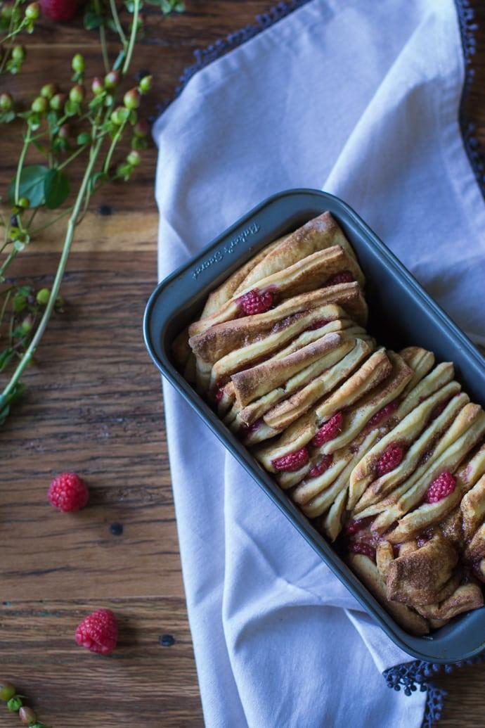 Cinnamon Raspberry Pull Apart Bread-15