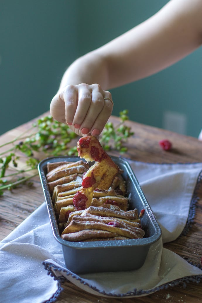 Cinnamon Raspberry Pull Apart Bread-17