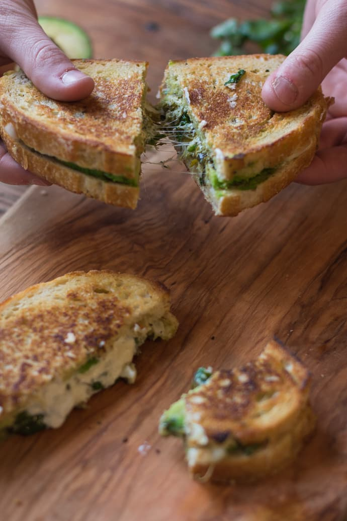 pesto grilled cheese-12