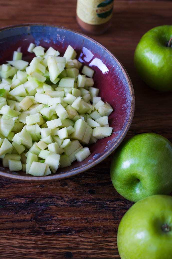 Apple Pie Cinnamon Rolls-1