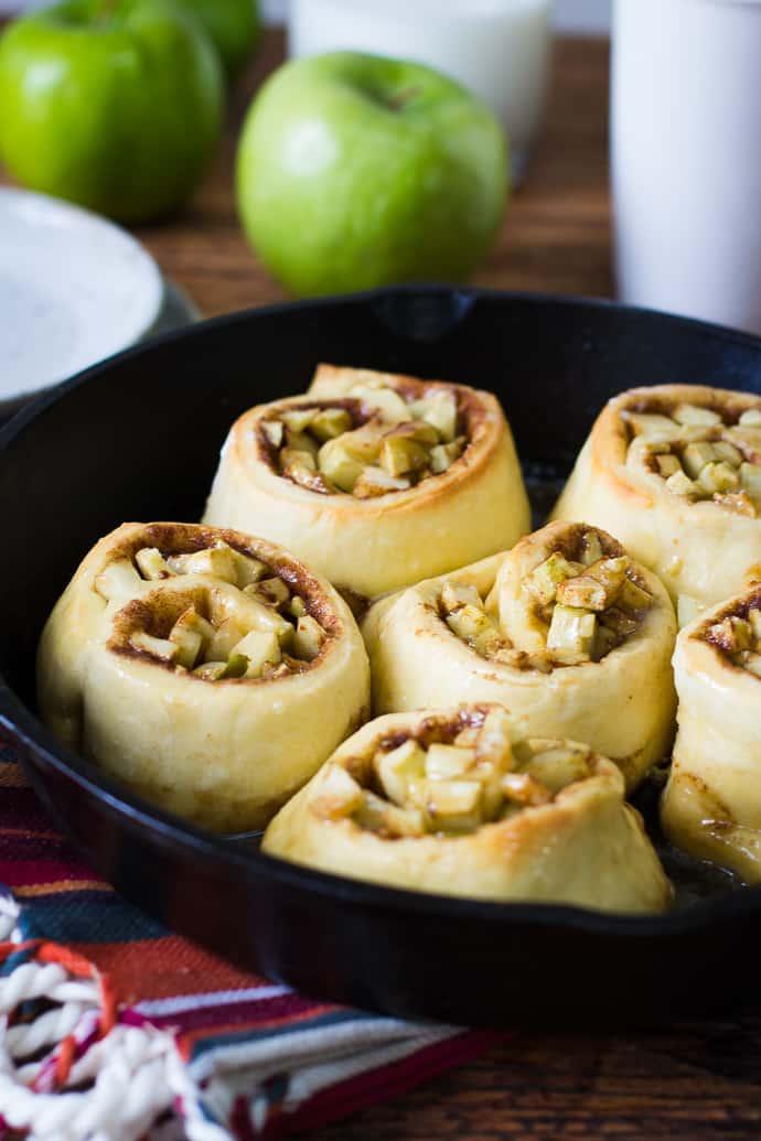 Apple Pie Cinnamon Rolls-12