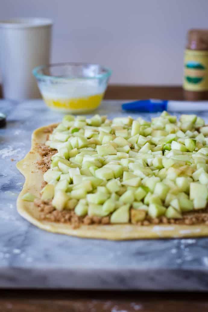 Apple Pie Cinnamon Rolls-4