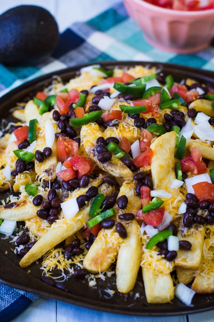 Nacho Fries- a super simple and fun recipe for a nice twist on the classic nachos! | bbritnell.com