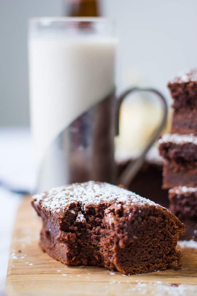 Beer Brownies- quick and easy to make recipe with a fun twist! | bbritnell.com