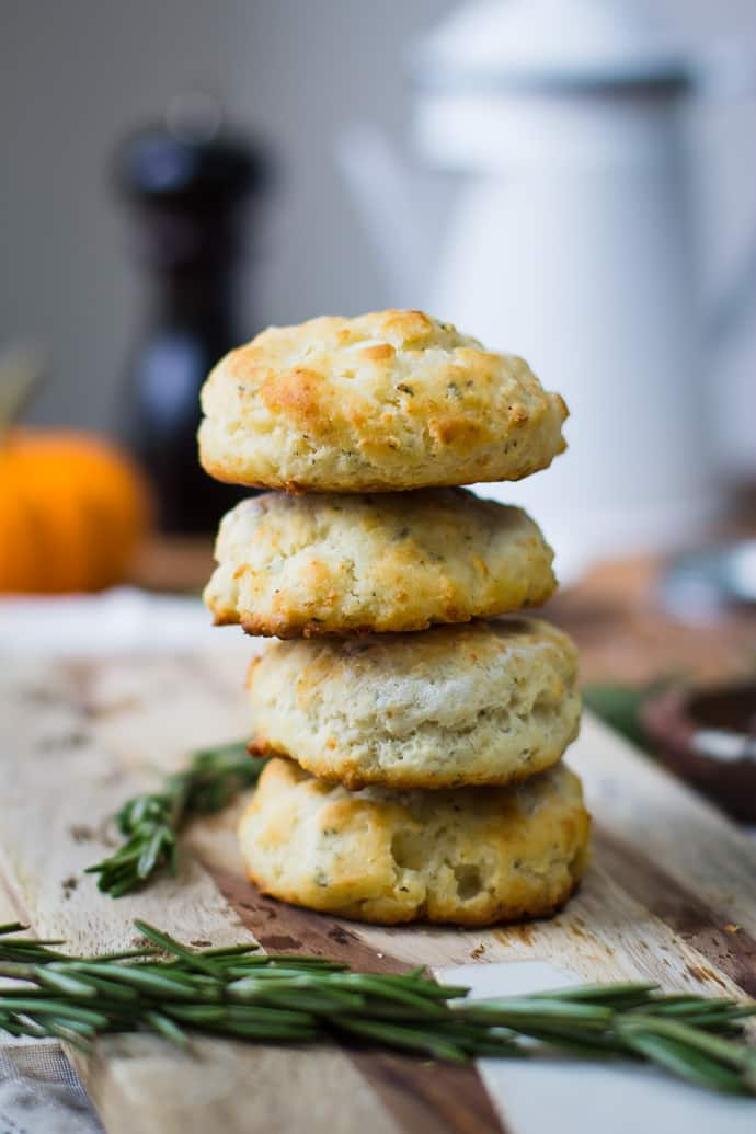 Rosemary Parmesan Buttermilk Biscuits- a great flavor twist on the ...