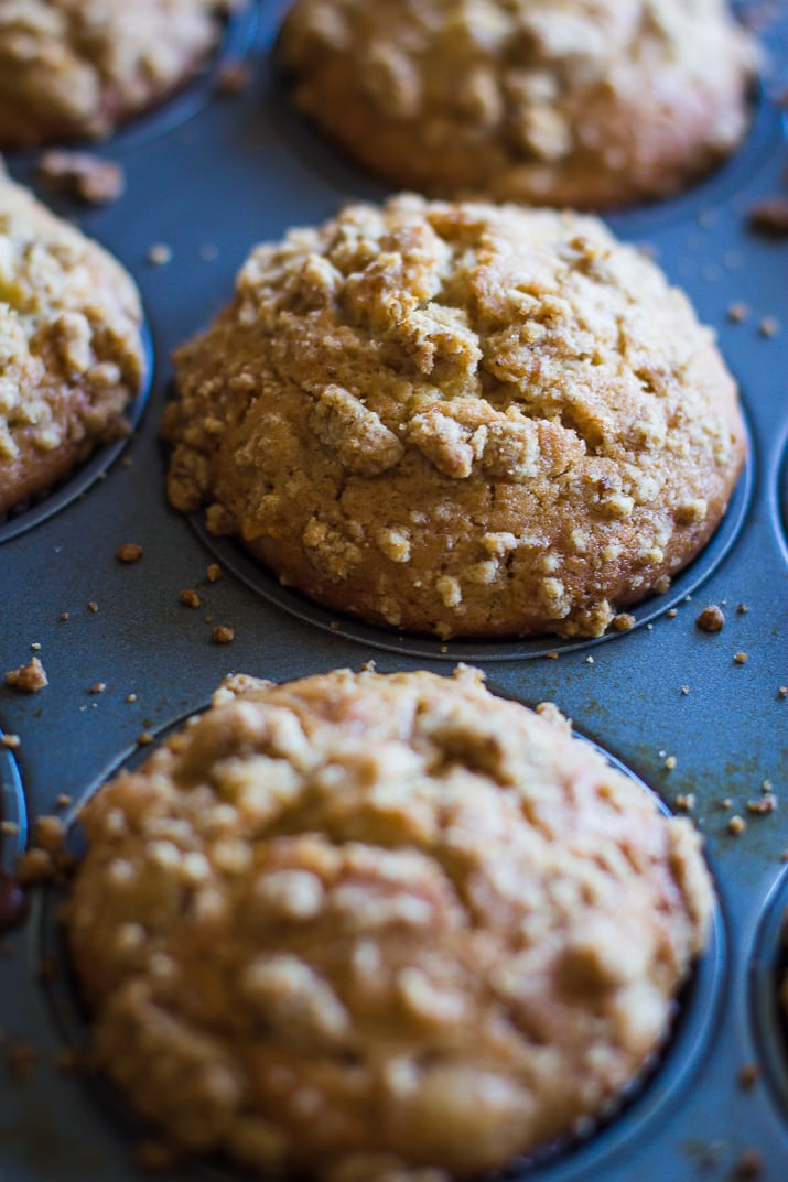 Apple Cider Donut Muffins- this recipe is easy to throw together and the perfect breakfast muffins for Autumn! | bbritnell.com