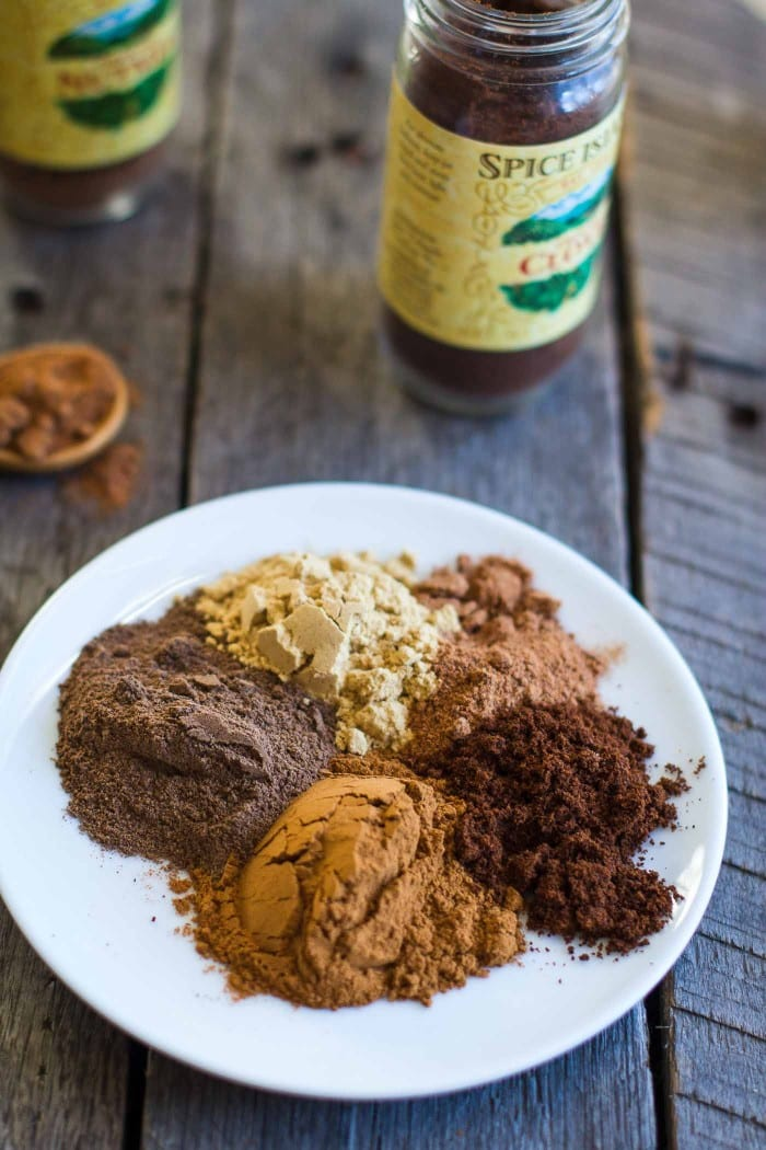 Homemade Gingerbread Spice- SO easy to make and you likely have all of the ingredients at home already. Can be used in cookies, coffee, hot chocolate, cakes and so much more! bbritnell.com