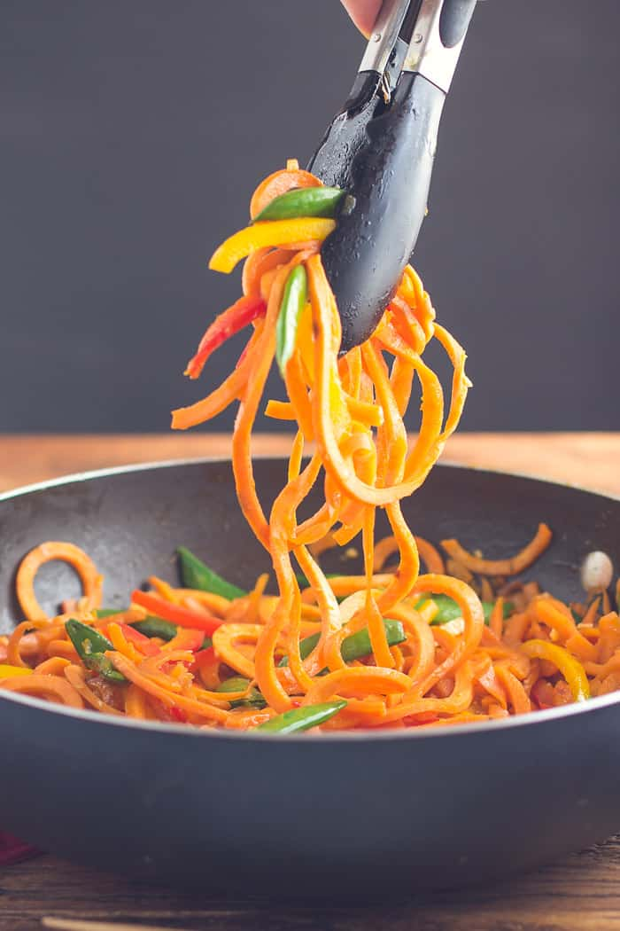 Sweet Potato Lo Mein- super easy to make, healthy, VEGAN, and SO very satisfying! | Recipe from bbritnell.com