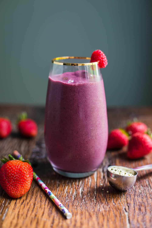 Acai Smoothie- VEGAN and easy to make using powdered acai berry