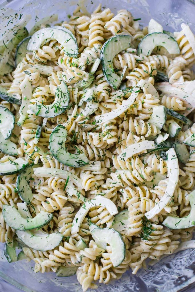 Cucumber Vegan Pasta Salad- this recipe is SUPER easy to make and perfect for leftover lunches!