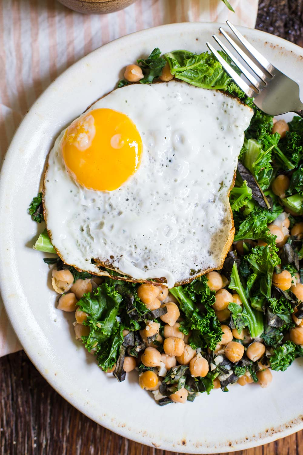 Chickpea and Kale breakfast skillet-2