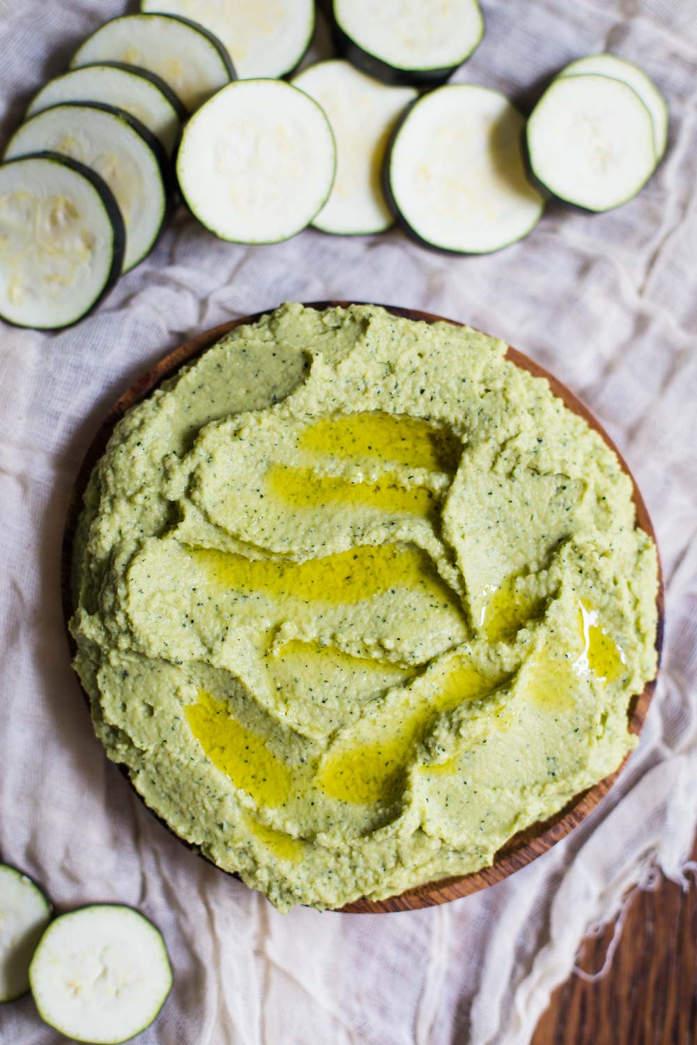 Zucchini Hummus- a quick and easy hummus recipe that's perfect for any snack, kid friendly, and a good way to get in more of those healthy greens!