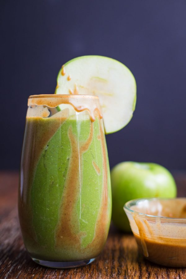 Caramel Apple Green Smoothie