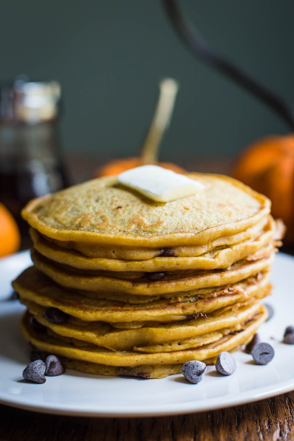 Pumpkin Spice Chocolate Chip Vegan Pancakes- these vegan pancakes are super easy to make, perfect for fall, and a delicious breakfast treat!