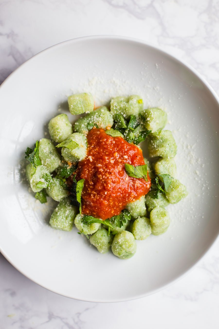Spinach Gnocchi- this gnocchi is completely VEGAN, super easy to make, and perfect for make ahead meals. It's something the whole family will love!