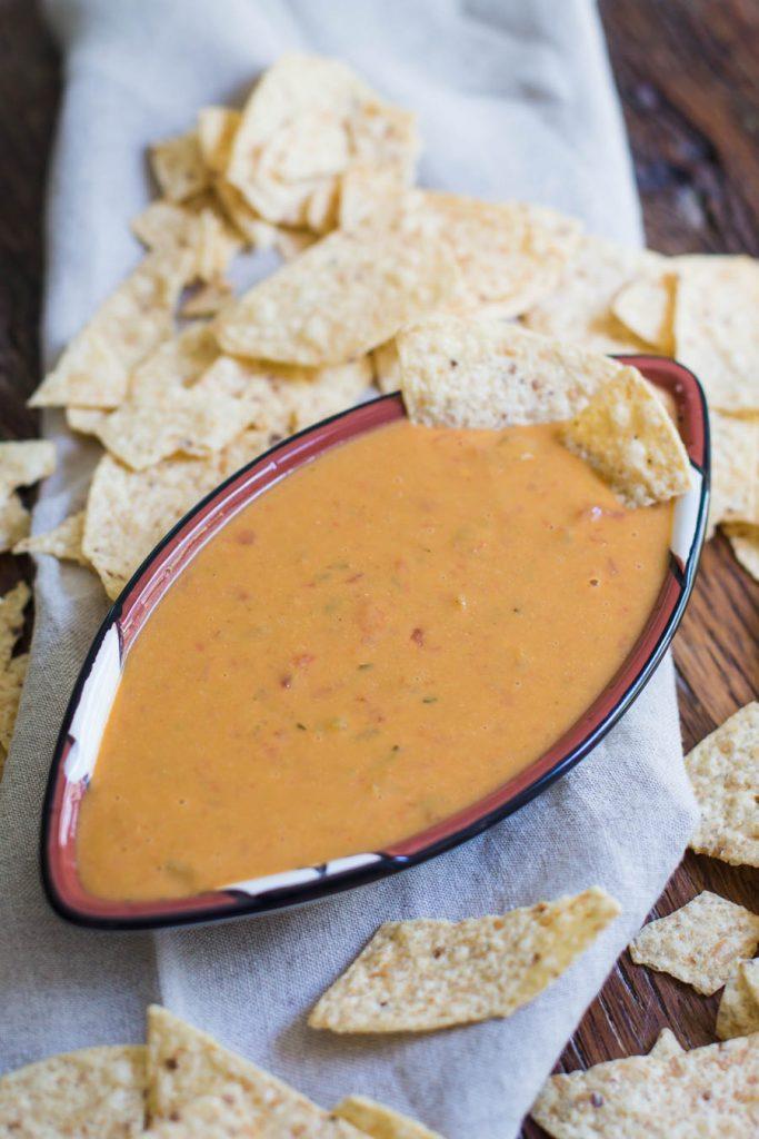 vegan salsa con queso