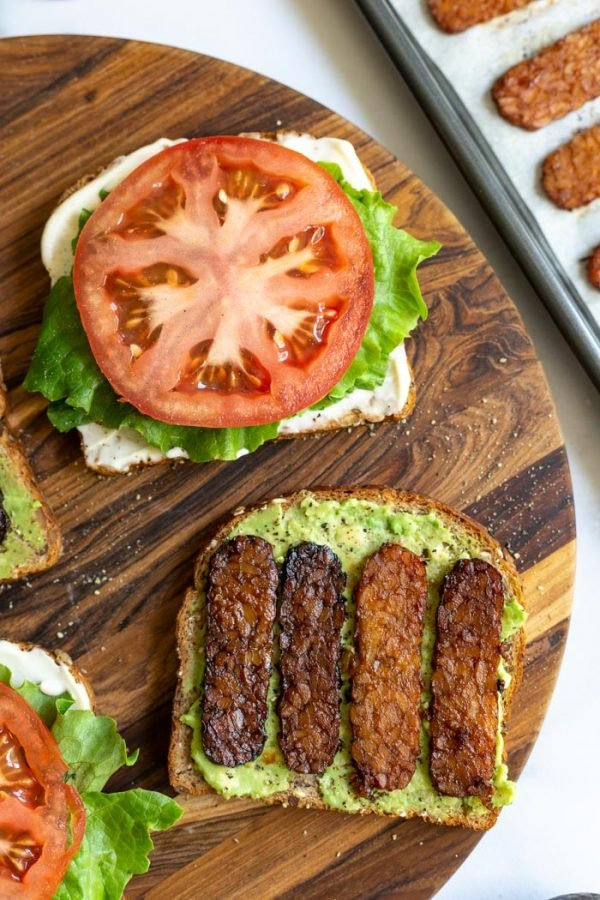 Tempeh Bacon, Lettuce, and Tomato Sandwich