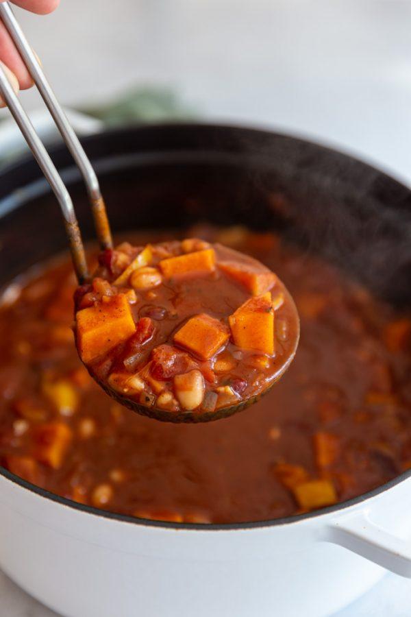 vegetarian chili sweet potato