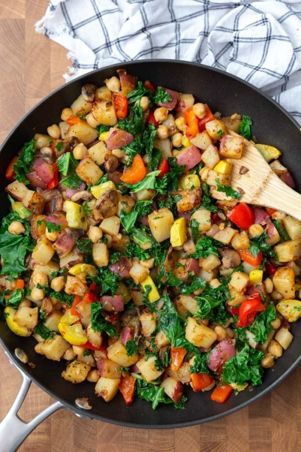 breakfast hash with potatoes, kale, and bell peppers
