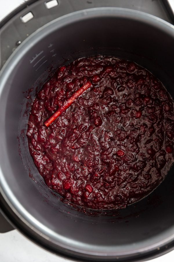 fresh cranberry sauce in a pressure cooker