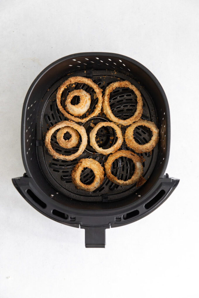 onion rings cooked in an air fryer