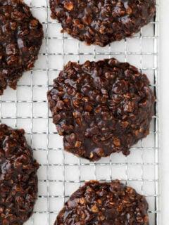 Vegan No Bake Cookies on a cooling rack
