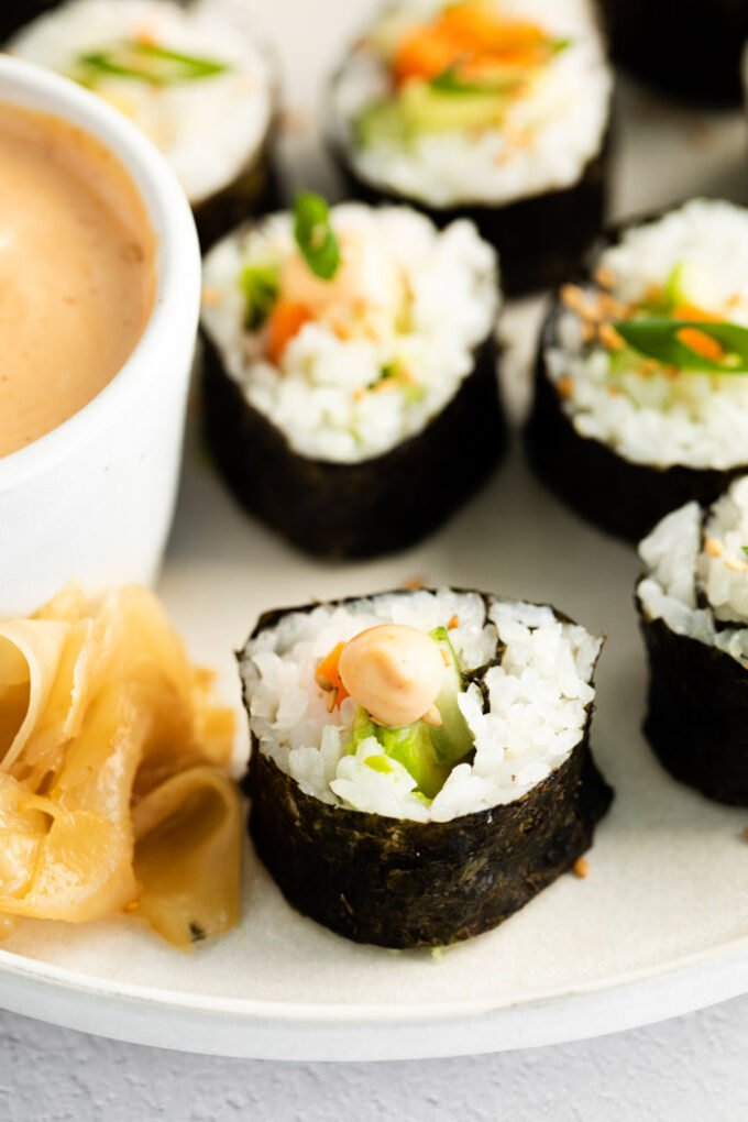 cucumber roll with spicy mayo