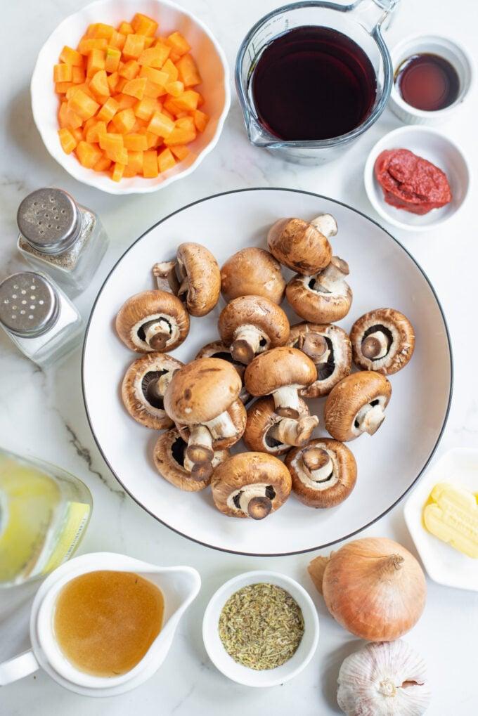 ingredients for mushrooms bourguignon